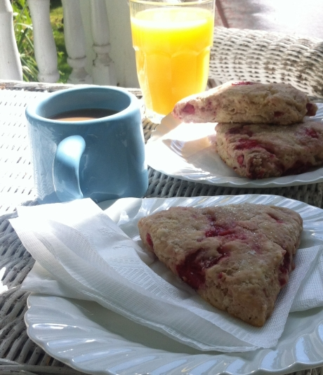 strawberry scone breakfast